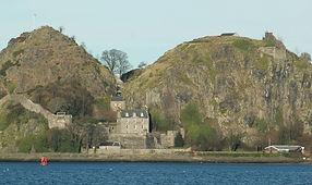 Scotland_Dumbarton_Castle_bordercropped.
