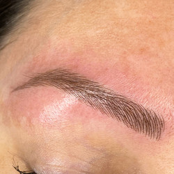 Natural brows that could be real.