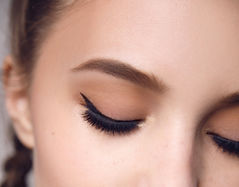 Microbladed perfect brows