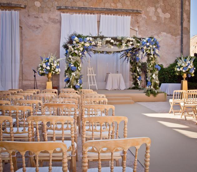 Destination wedding chuppah in Mallorca