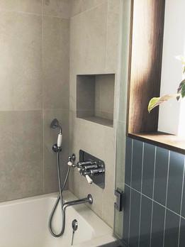 main-bath-shower-with-big-format-tiles.j