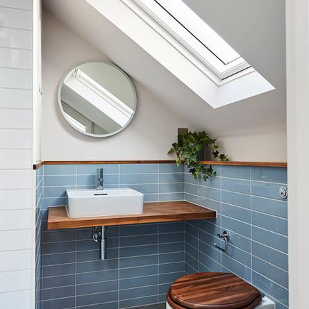 Cool blue bathroom set