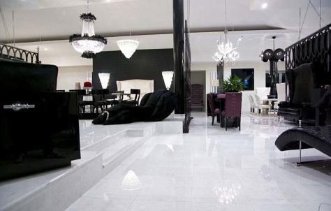 wei e hochglanz fliesen nebenkosten f r ein haus. Black Bedroom Furniture Sets. Home Design Ideas