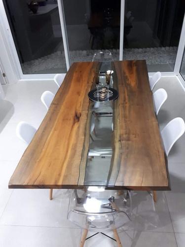 Mesa de jantar madeira e vidro