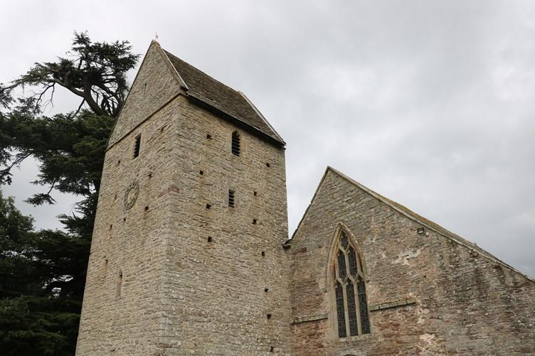 Kinnersley Church