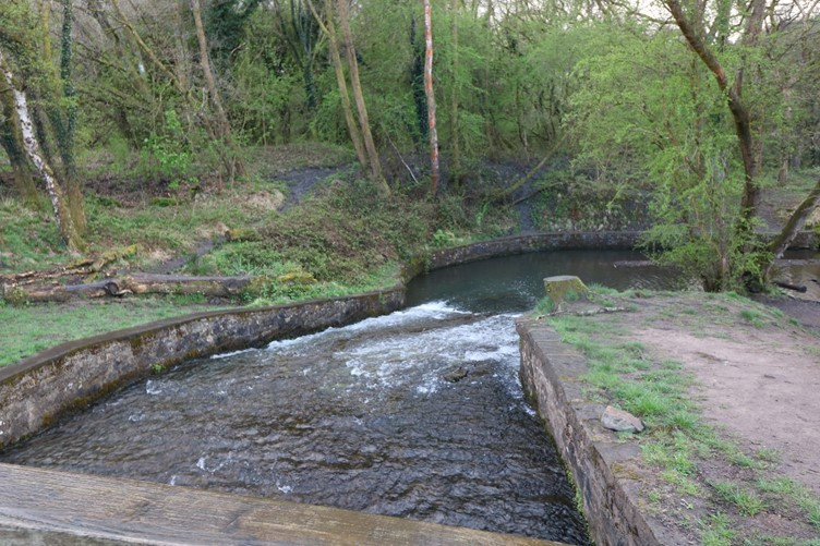The Leat which runs between the Ponds from an industrial age before