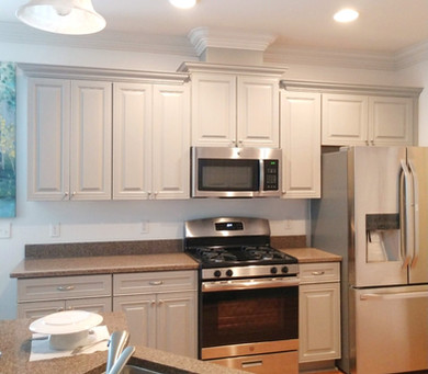 Gray%20Painted%20Kitchen%20Cabinets%2C%2