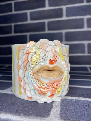 Lip Drip Planter