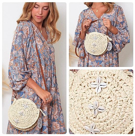 Penny Shell Design Beige Weave Bag!