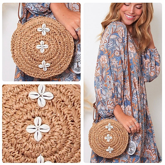 Penny Shell Design Tan Weave Bag!