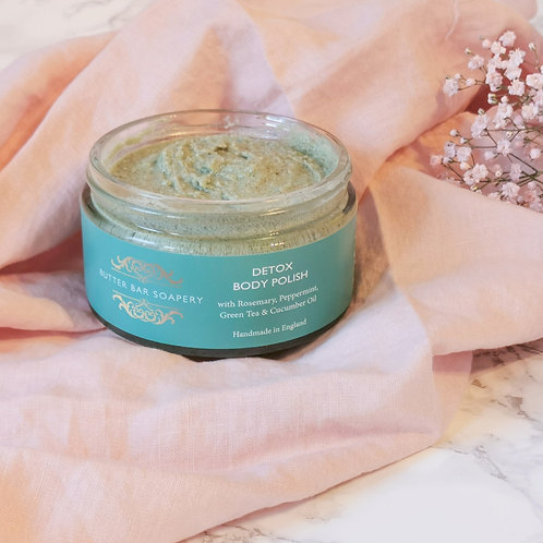 Natural handmade vegan body polish with peppermint and rosemary, for all skin types, leaves skin fresh and revived, spirulina