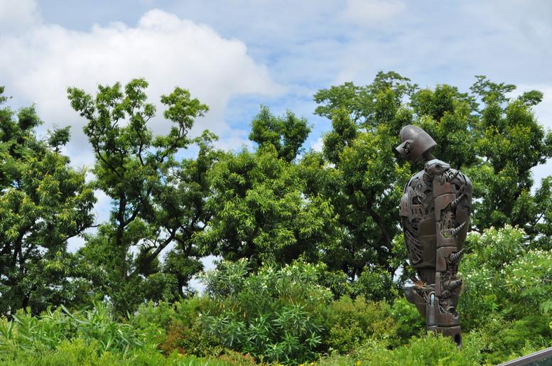 三鷹の森ジブリ美術館屋上ロボット兵