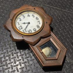 大時計の中の小時計