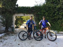 "La Careza de Mijas :                             ""CYCLO (pour les)TOURISTES"""
