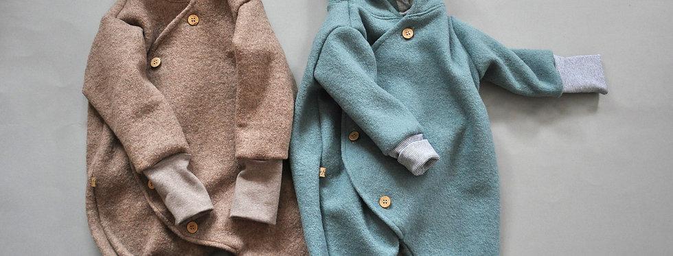 """Baby-Winter-Overall aus reiner Schurwolle gefüttert """"smaragd oder latte"""""""