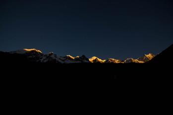 Landscapes - Sunrise over Mountains