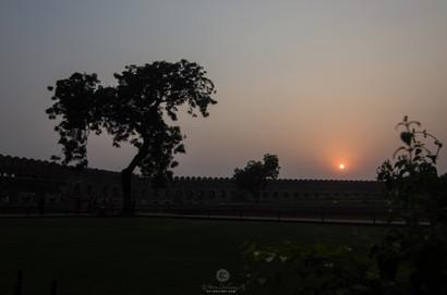 Sunset over Agra fort