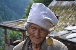 An old lady on the trail of Rupin pass trek