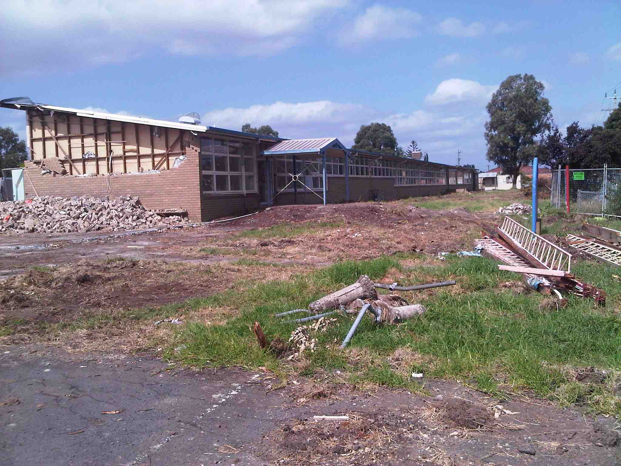 commercial_demolition_Lalor_HighSchool2.jpg