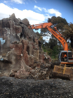 commercial_demolition_smorgysbundoora1.jpg