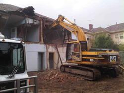 commercial_demolition_GlenferrieRd_Demo.jpg