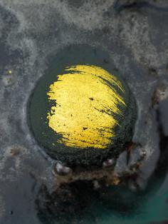 Black & Gold Bath Bomb 2.jpg