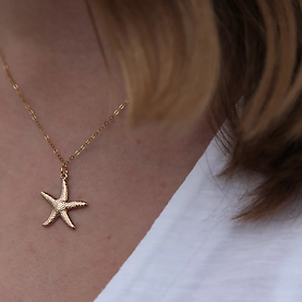 Starfish_Necklace_Gold_On_-_£23.webp