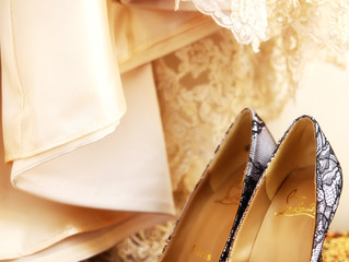 10 Wedding Traditions And Superstitions.