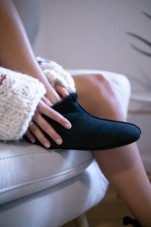 Sheep wool slippers