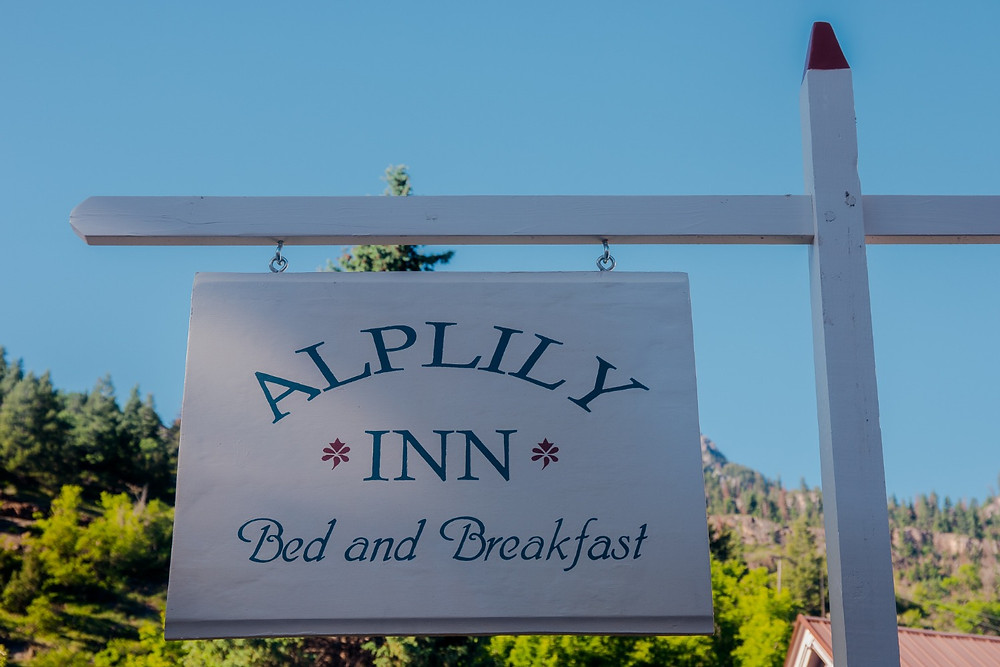 alp lily inn colorado bed and breakfast sign