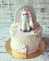 #handwerk #birthday #girl #cake #unicorn