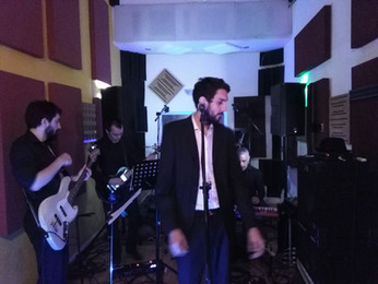 Bruno Giraldi & His Godlen Hinds