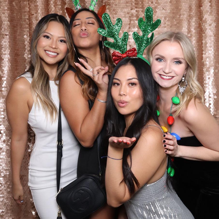 GIF booth, photo booth, boomerang, virtual booth, backdrop, christmas