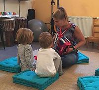 éveil musical bébé enfant parent musique Haut Jura Saint-Lupicin musicothérapeute