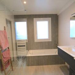 grande salle de bain .JPG