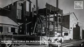 Operarios  en instalación planta