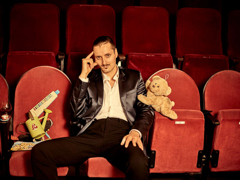 Carlo-Fernandes-Prime-Time-Theater-Rober