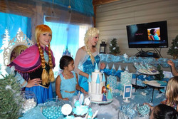Frozen birthday party decorations.