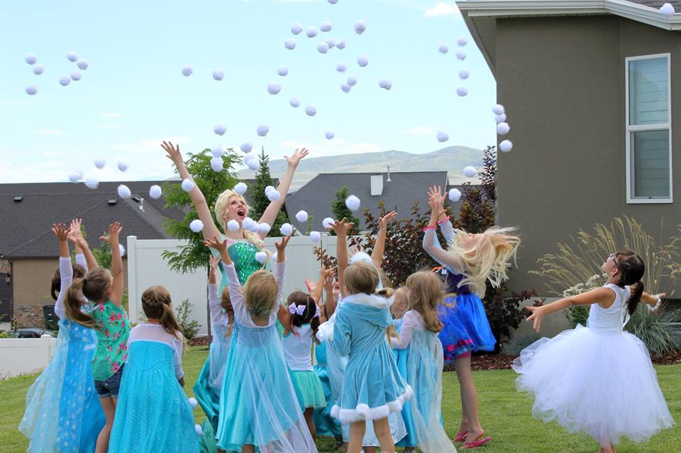 Snowball fight princess party