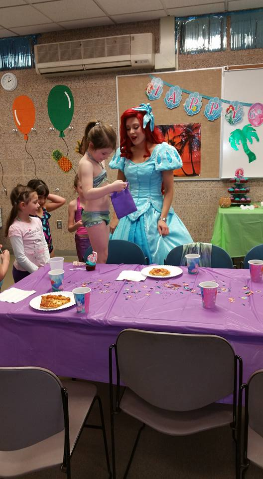 Ariel Swimming Mermaid party