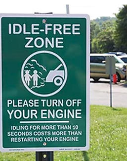idle free zone sign in park