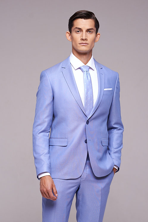 Небесно-голубой костюм