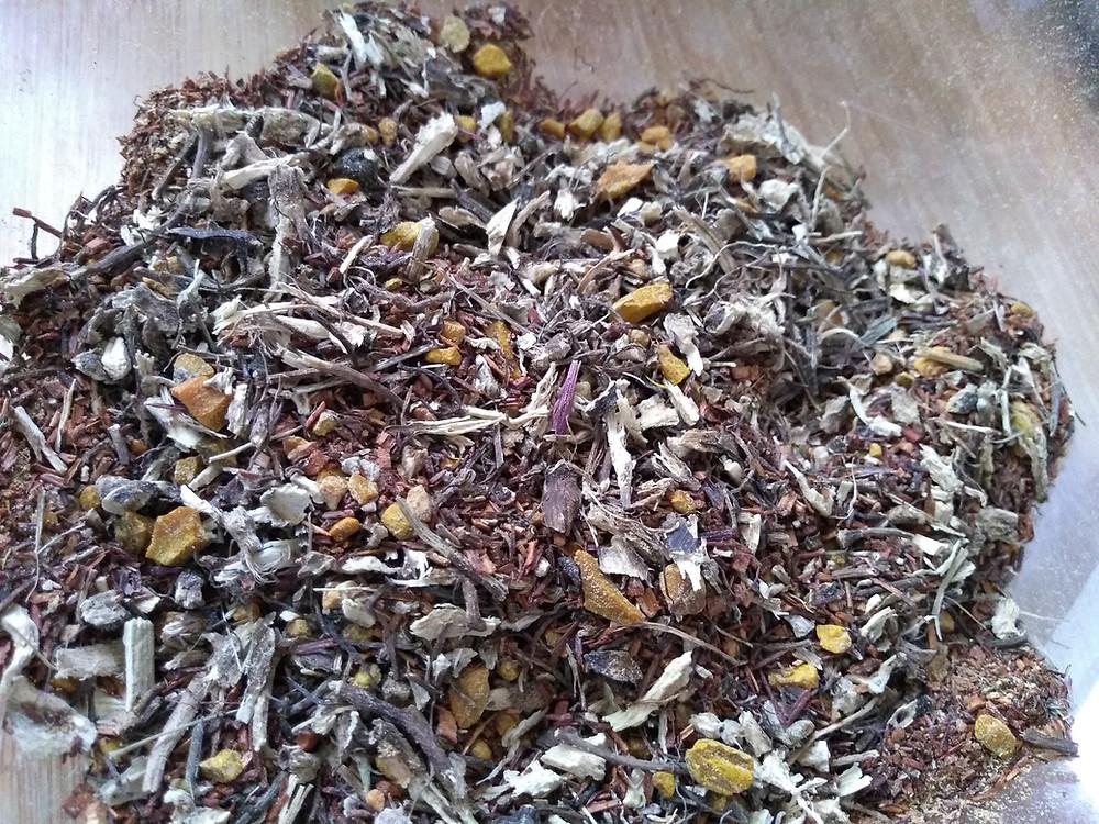 Rooibos, Echinacea, Turmeric, Ginger, Black Pepper.