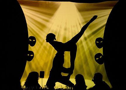 театр теней, театр теней shadow lab, постанвка театра теней, театр теней на корпоратив, театр теней на праздник, театр тенейна новый год, театр теней постановка шоу,театр теней москва