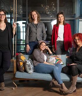 קבוצת נשים בהייטק