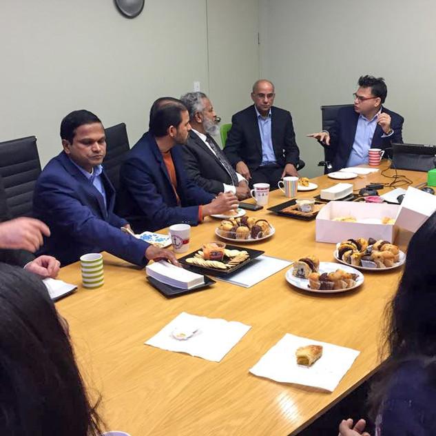 Honorary Consul of Bangladesh meets