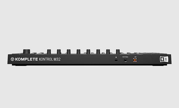 מקלדת שליטה Native Instruments Komplete M32