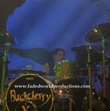 buckcherry240.JPG