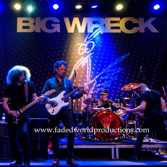 bigwreck172.JPG