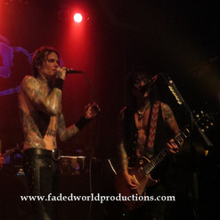 buckcherry241.JPG